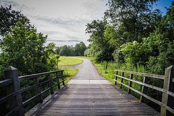 Holzbrücke mit Fahrradweg von Jaap Mulder