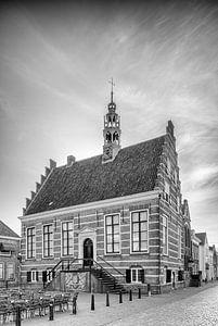 Historisch Stadhuis IJsselstein in Zwartwit van Tony Buijse