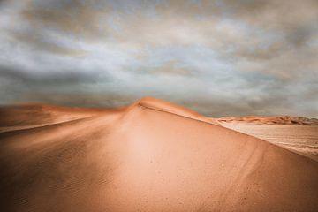 Zandduinen in de Namib woestijn in Namibie van Jille Zuidema