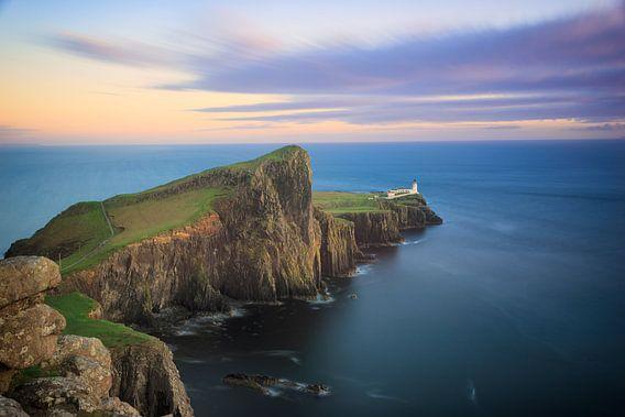 Neist Point Vuurtoren op Skye tijdens zonsondergang