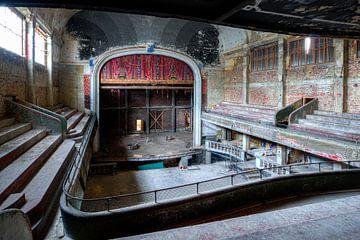 Urbex in Cine Varia, irgendwo in Belgien von Martijn Mureau