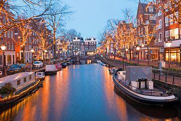 Weihnachten auf den Grachten in Amsterdam bei Sonnenuntergang von Nisangha Masselink