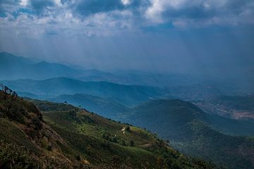 Op de hoogste Bergtop van Thailand van Sebastiaan Hamming