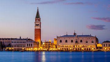 Venetië - Campanile di San Marco - Palazzo Ducale von Teun Ruijters
