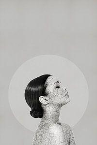 The Cracks in my Facade - Surrealistische Print van MDRN HOME
