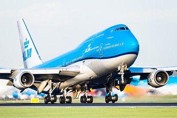 KLM Boeing 747 in prachtig avondlicht van Dennis Janssen