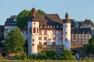 Alte Burg im Abendlicht, ehemalige kurfürstliche Wasserburg, heute Stadtarchiv, Koblenz, Rheinland-P