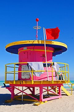 Pink Strandpavillon von Vera Cerutti