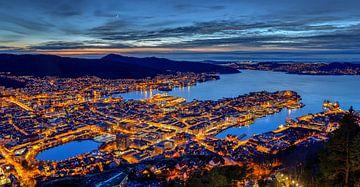 Uitzicht op Bergen, Noorwegen van Adelheid Smitt