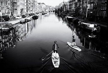 Suppen op de Amsterdamse grachten van Friso Kooijman