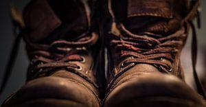 Alte, abgetragene Schuhe. Ein Vintage-Look! von Bastiaan Veenstra