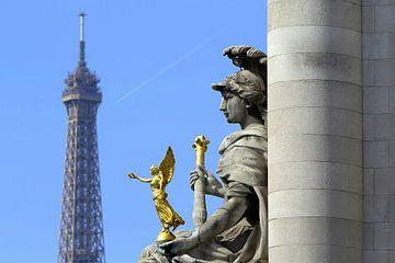 Engel Paris van Patrick Lohmüller