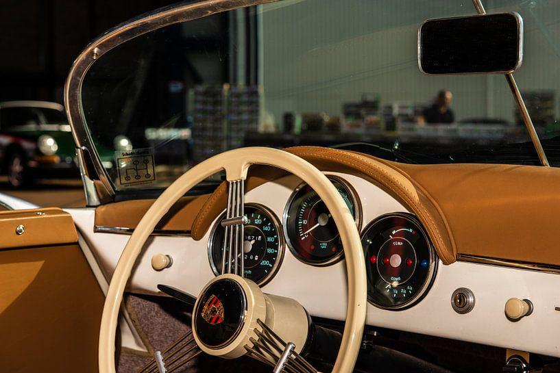 Porsche Dashboard van Brian Morgan