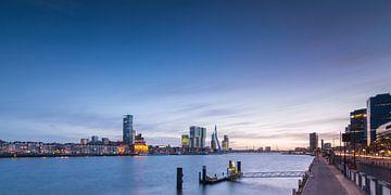 Zonsondergang bij de Boompjes Rotterdam sur Ilya Korzelius
