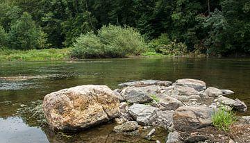 rotsen in rivier semois van Compuinfoto .
