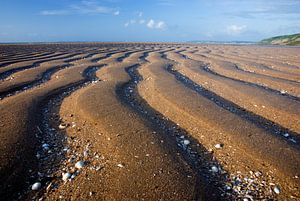 Ribbels in het zand van