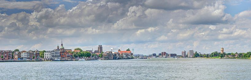 Zicht op Dordrecht van Sonia Alhambra Mosquera