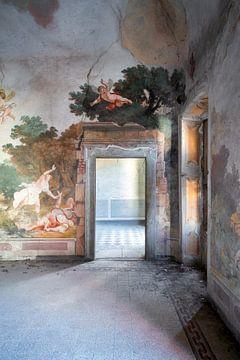 Verlaten Paleis met Fresco.