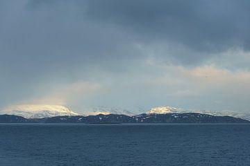 Snow in Norway von Capture the Light
