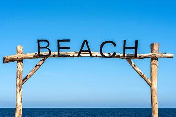 BEACH van Jeanette van Starkenburg