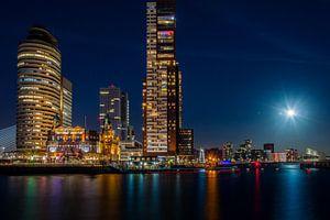 Volle maan bij de Rijnhaven, Kop van Zuid.