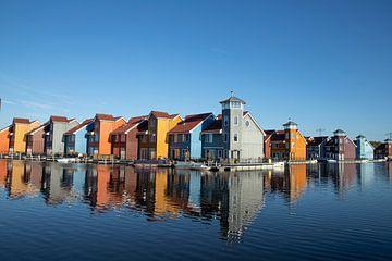 Reitdiephaven, ville de Groningue. Un quartier résidentiel coloré sur Gert Hilbink
