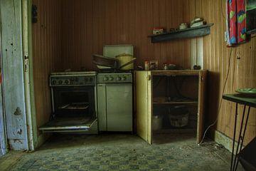 Een verlaten keuken in een verlaten huis von Melvin Meijer