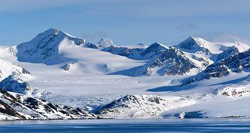 Getijdegletsjer op Spitsbergen van Koolspix
