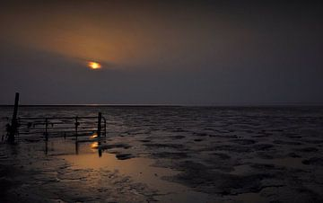 evening falls over wad van JF art