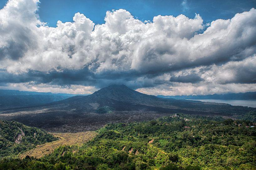 Mount Batur van Peter Reijners