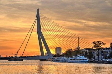 Erasmusbrug, zonsondergang van Frans Blok