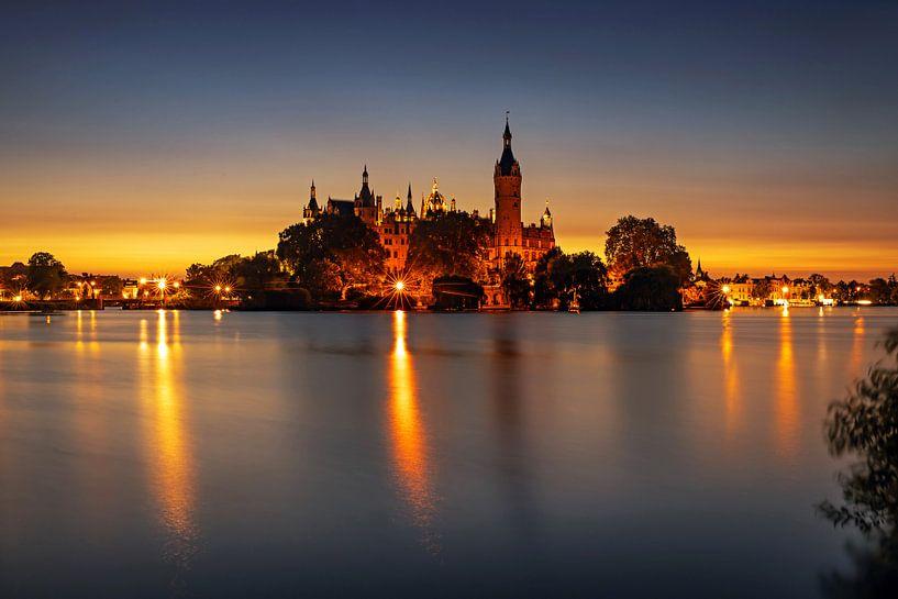 Palais de Schwerin au coucher du soleil sur Frank Herrmann