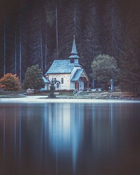 Kirche am Pragser Wildsee sur Robin Berndt