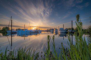 Zonsopkomst haven van Moetwil en van Dijk - Fotografie