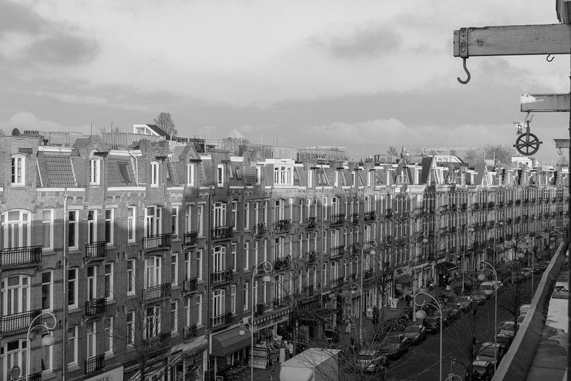 Javastraat vastgelegd in zwart/wit van Jeroen van Dijk