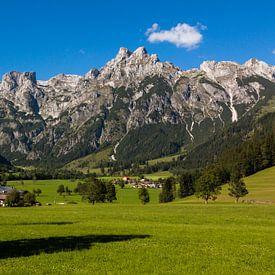 Austrian Mountains van Remko Bochem