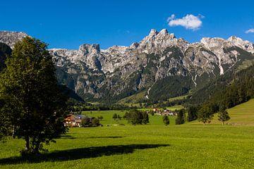 Austrian Mountains van