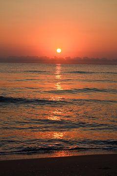 Zonsondergang aan zee van LuCreator
