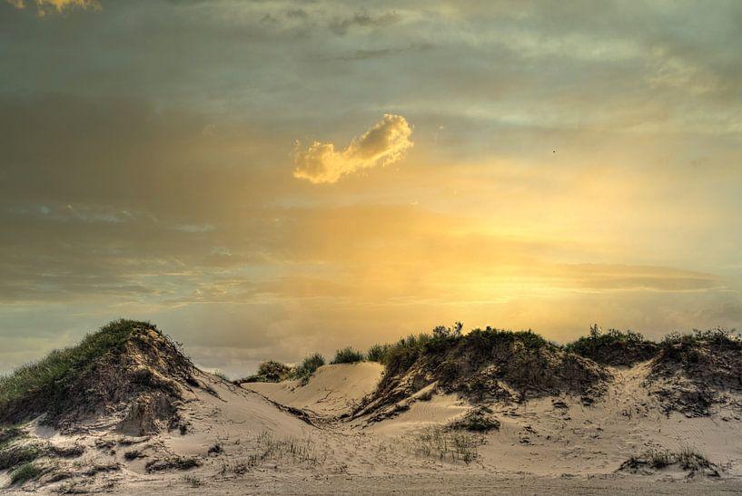 Zonsondergang duinen Slufter Texel van Watze D. de Haan