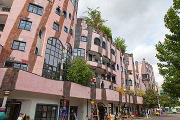 Hundertwasser's Groene Citadel van Maagdenburg van t.ART
