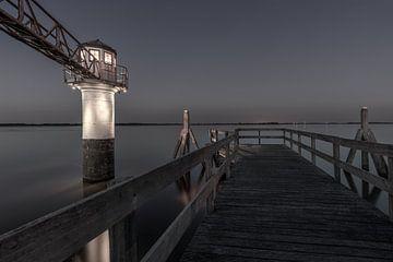Leuchtturm Oostmahorn in Schwarz-Weiß von Dennisart Fotografie
