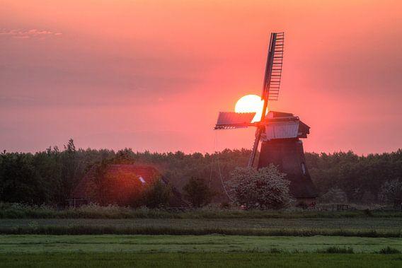 Zonsondergang bij de Noordermolen