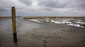 Noordpolderzijl in winter von Bo Scheeringa
