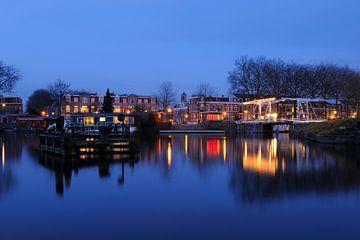 Billitonkade en Leidsekade met Abel Tasmanbrug in Utrecht sur Donker Utrecht