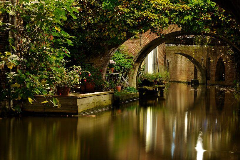 Kromme Nieuwegracht in Utrecht  van Donker Utrecht