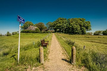Hege Tsjerkewei naar Hogebeintum in Friesland. van Harrie Muis