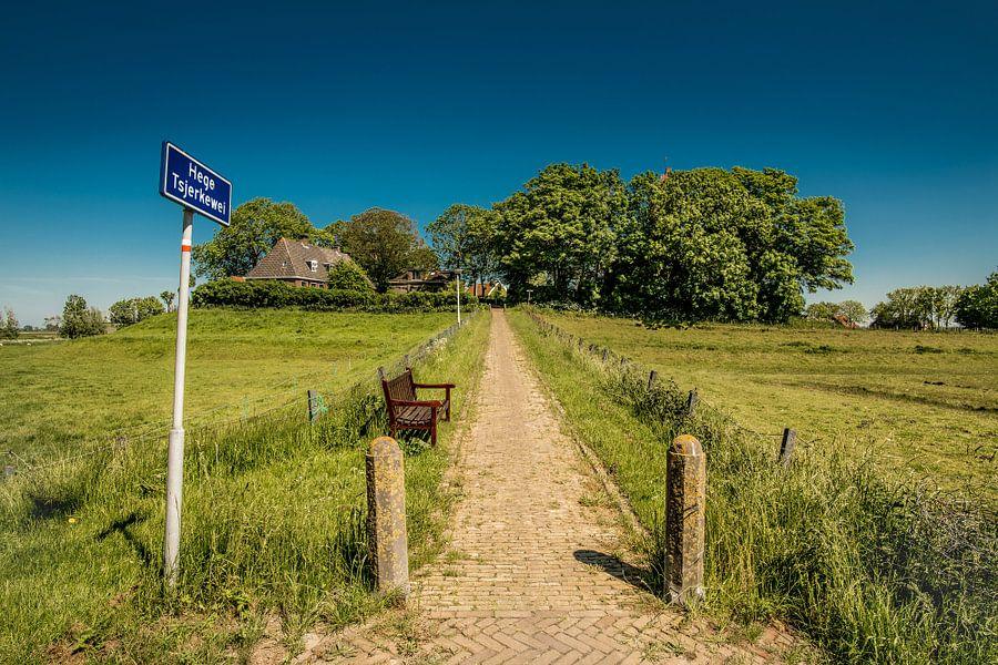Hege Tsjerkewei naar Hogebeintum in Friesland.