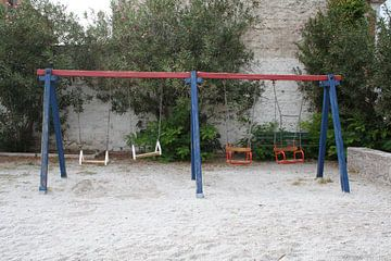 Schommels in speeltuin op Lesbos