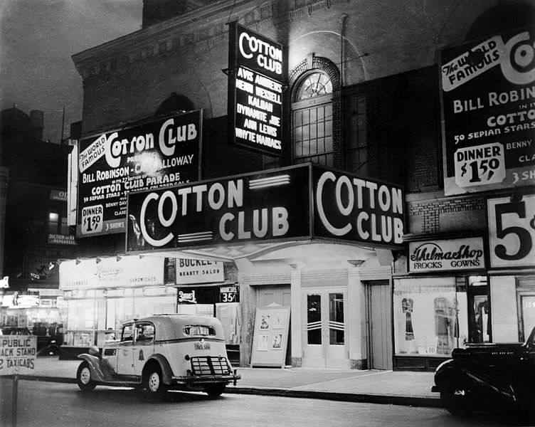 De Cotton Club in Harlem New York, 1938 van Bridgeman Images