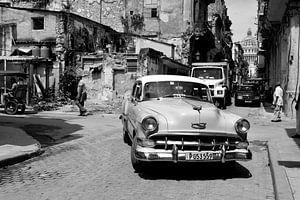 Oldtimers en vervallen gebouwen van Zoe Vondenhoff